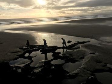 Girls Muriwai Beach